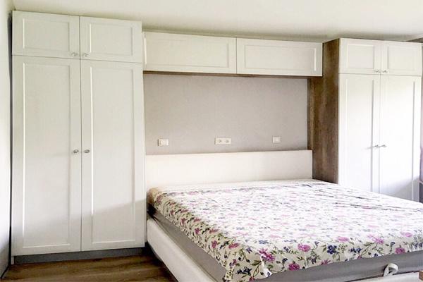 шкаф и антресоль стационарная кровать фасады мдф пленка класика недорого
